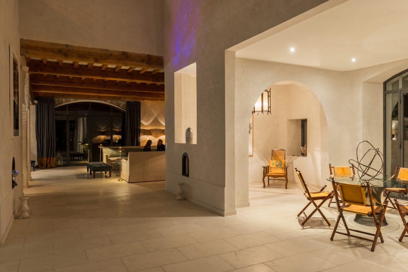 maison 22 maison 22 salon deco maison lille sous photo galerie luminaire salle de bain rona. Black Bedroom Furniture Sets. Home Design Ideas