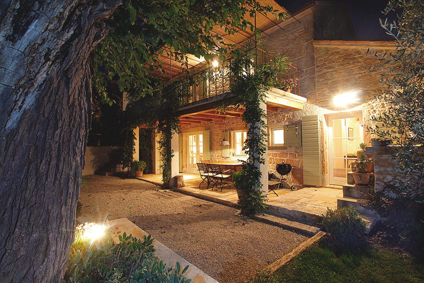 Villa Moro Scott Williams